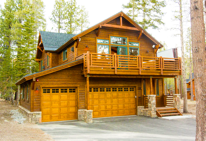 Graystone Exterior At Gray Bear Mammoth