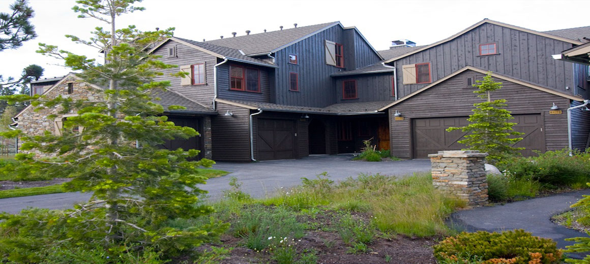 The Lodges at Snowcreek, mountainside