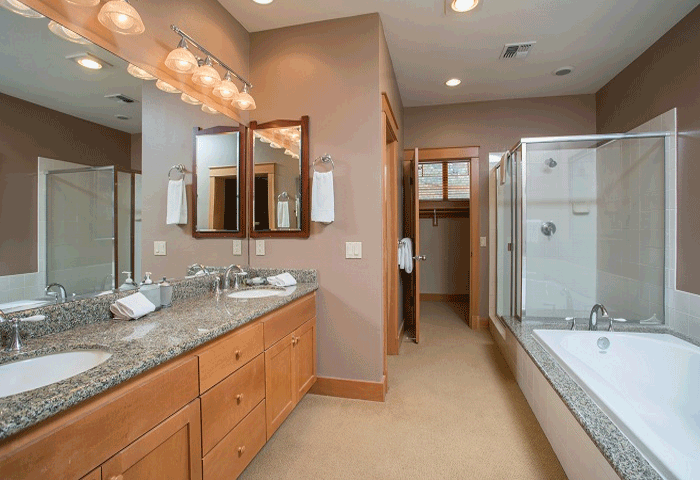 Large master bath with separate tub and shower